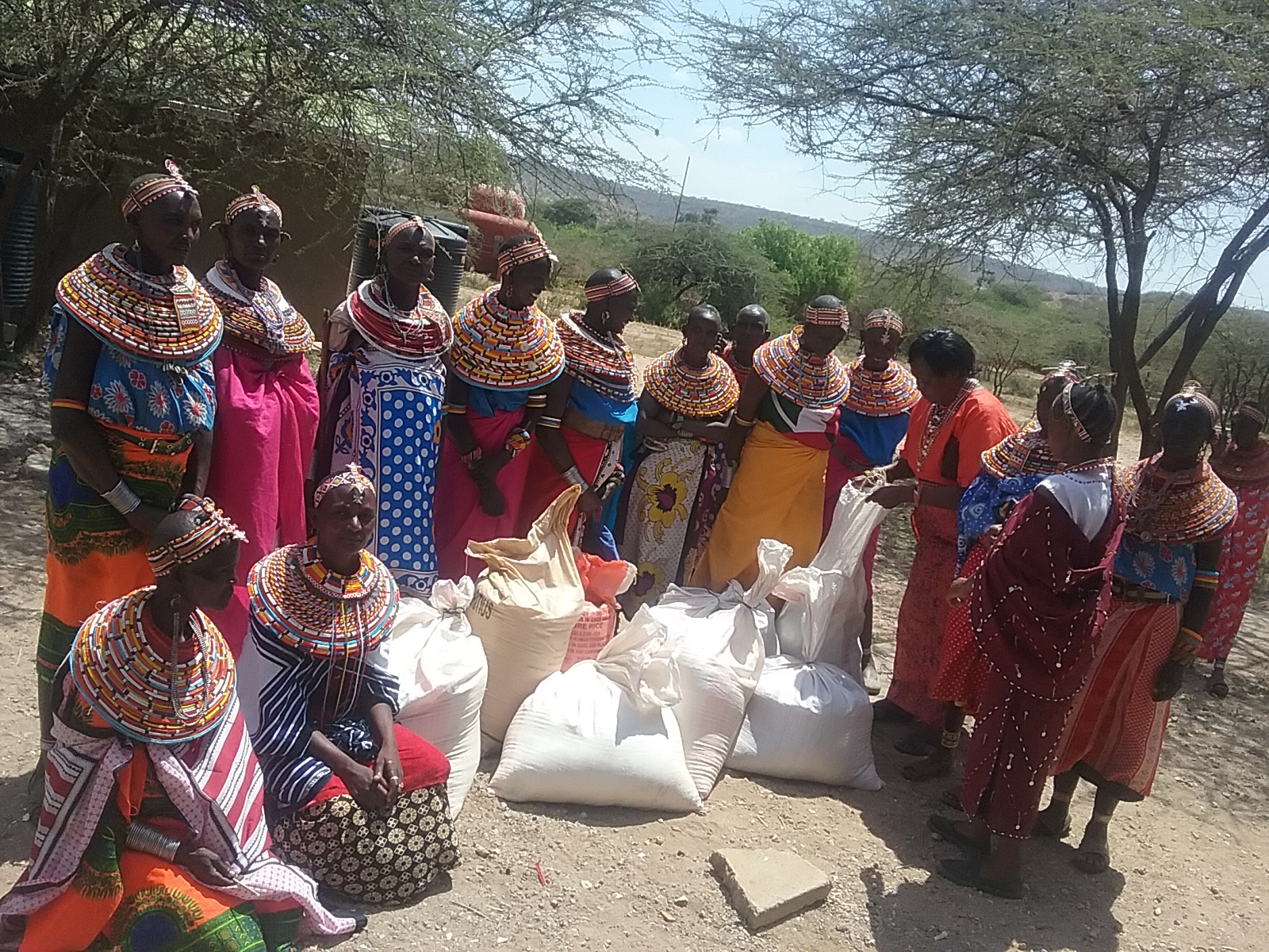 http://indigenouswomen-africa.org/wp-content/uploads/2018/01/food-distribution.jpg